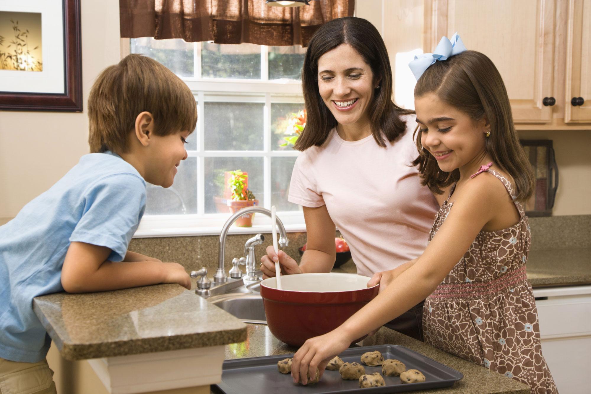 mom kids kitchen
